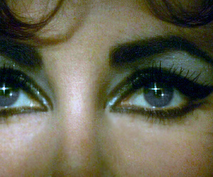 Elizabeth Taylor, eyes, and beautiful image