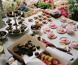 sweet, food, and flowers image