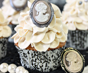 buttercream, earl grey, and cupcakes image
