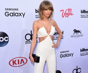 red carpet, white, and 2015 image