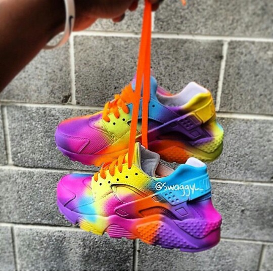 Nike Huarache rainbow uploaded by ※ кнισωέ ※ on We Heart It 2eee9cd1a