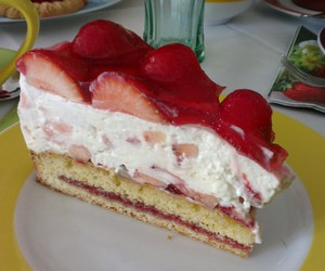 cake, strawberries, and summer image