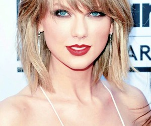red carpet, Swift, and taylor image