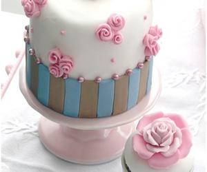 cake, cupcake, and sweet image