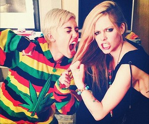 Avril Lavigne, miley cyrus, and miley image