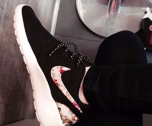 cool, nike, and summer rose image