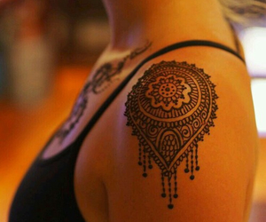 henna, mandala, and shoulder image