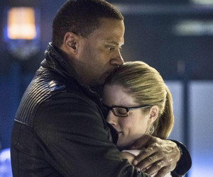 arrow, felicity smoak, and john diggle image