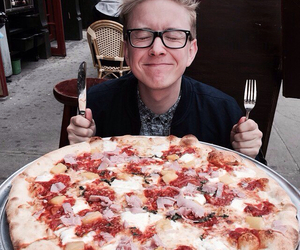 pizza, tyler oakley, and food image