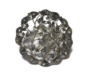 vintage jewelry, open work brooch, and circle brooch image
