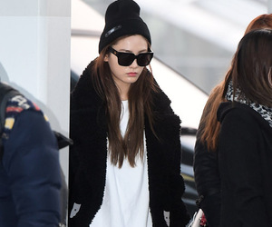 after school, kpop, and airport fashion image