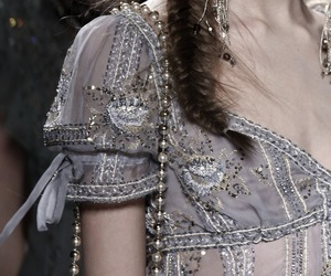 Christian Dior, fashion, and runway image
