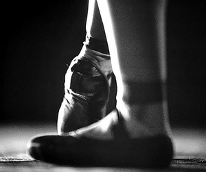 b&w, ballet, and beautiful image