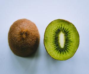 fruit, kiwi, and green image