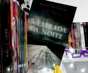 book, estrada, and noite image