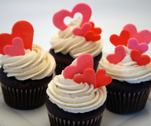 love, cupcakes, and food image