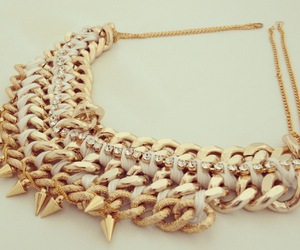 chain, diy, and gold image