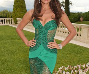 dress and irina shayk image