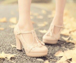 kawaii, shoes, and pastelcolor image
