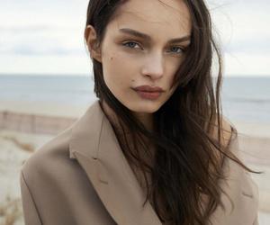 fashion, model, and luma grothe image