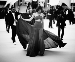 kendall jenner, beauty, and black and white image
