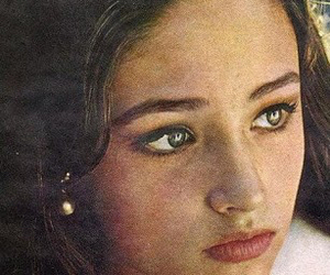 brown, green, and Olivia Hussey image