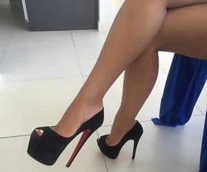 fashion, shoe, and girl image