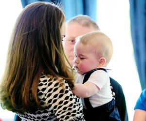 baby, prince george, and duchess of cambridge image