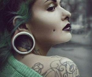 tattoo, piercing, and Plugs image