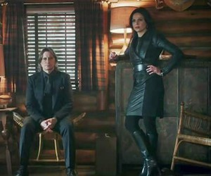 Golden Queen, once upon a time, and robert carlyle image