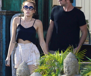 miley cyrus, couple, and liam image