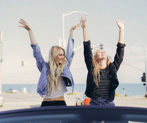 girl, friends, and besties image