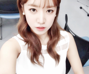 namjoo, selca, and apink image