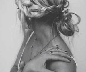 girl, hair, and rings image