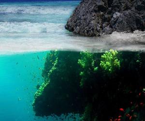 sea, ocean, and wallpaper image
