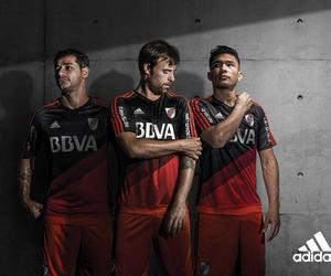 mora, teo, and river plate image