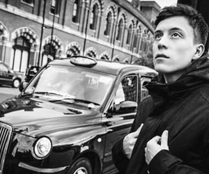 belgium and loïc nottet image