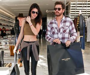 model and shopping image