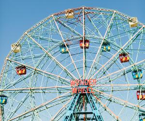 wonder wheel and photography image