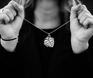 green day and necklace image