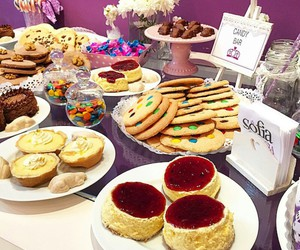 alfajores, cakes, and candy bar image