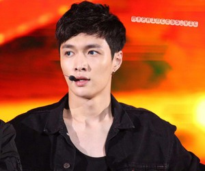 exo, lay, and dream concert image