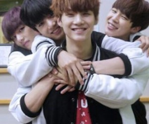kpop, v, and suga image