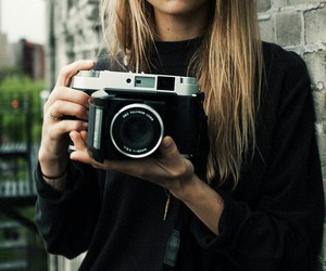 camera, model, and photo image