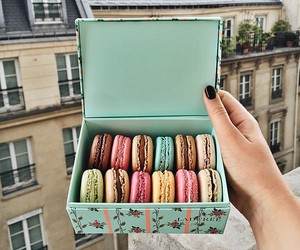 food, ‎macarons, and yummy image