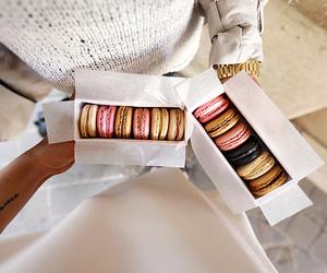 food, love, and macaron image