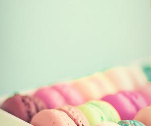 macaroons, food, and wallpaper image