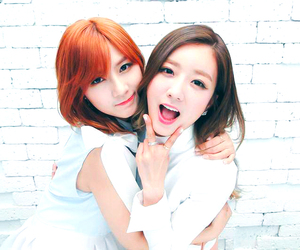 bomi, apink, and hayoung image