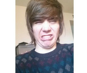 damon fizzy, youtuber, and instagram image