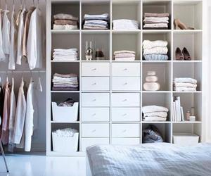 closet organization, closet organizer, and closet organizing systems image